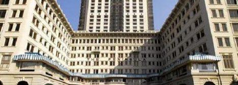 2241284-The-Peninsula-Hong-Kong-Hotel-Exterior-1-DEF-original
